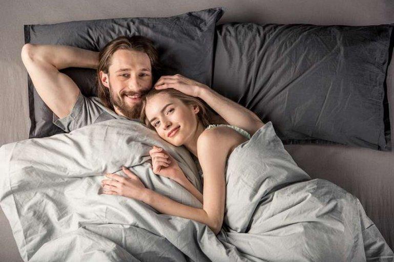9 постельных привычек, которые могут разрушить отношения