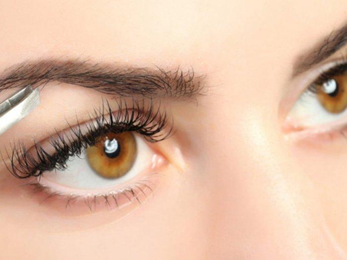 6 ошибок в макияже бровей, из-за которых женщина выглядит угрюмо