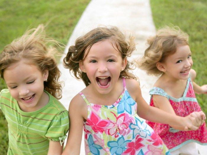 Игры для детей на улице — чем занять ребенка в теплую погоду
