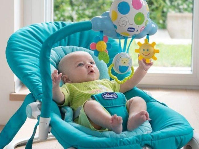 Что можно подарить новорожденному?