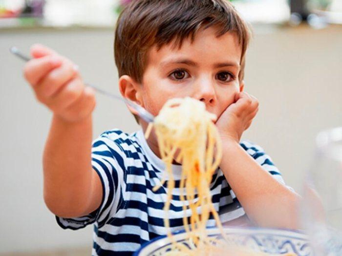 Можно ли кормить ребёнка макаронами?
