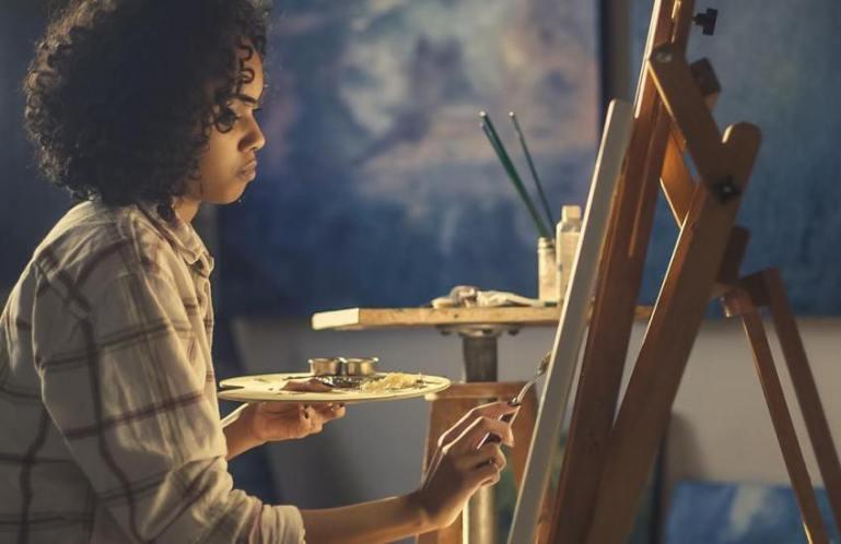 Терапия творческого самовыражения для повышения личностной самооценки