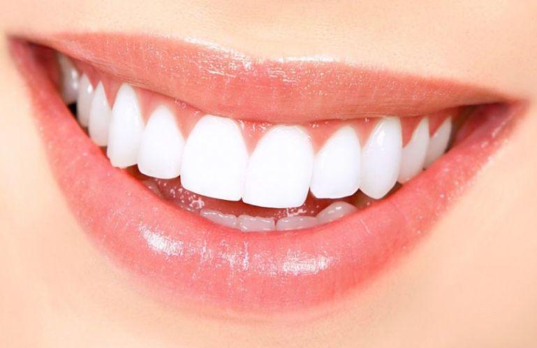 Продукты, положительно влияющие на качество зубов, десен и полость рта