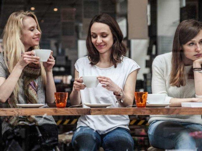 «Не говори это»: как вести неловкий разговор с партнером