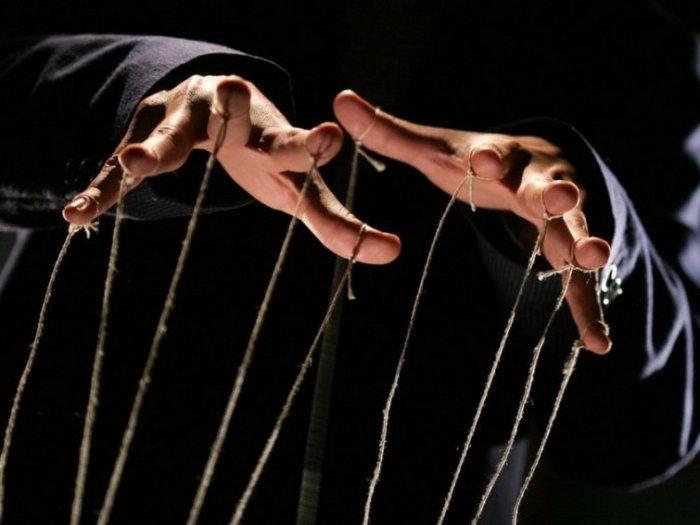 9 психологических хитростей, с помощью которых можно влиять на людей