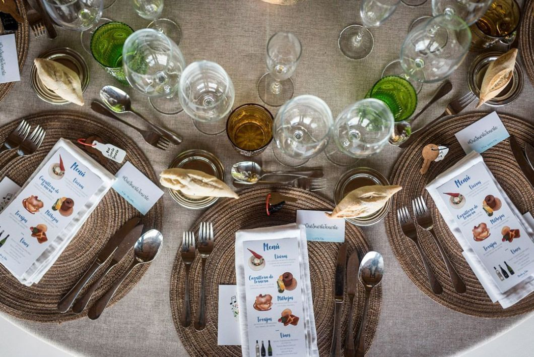 menu boda ilustrado personalizado