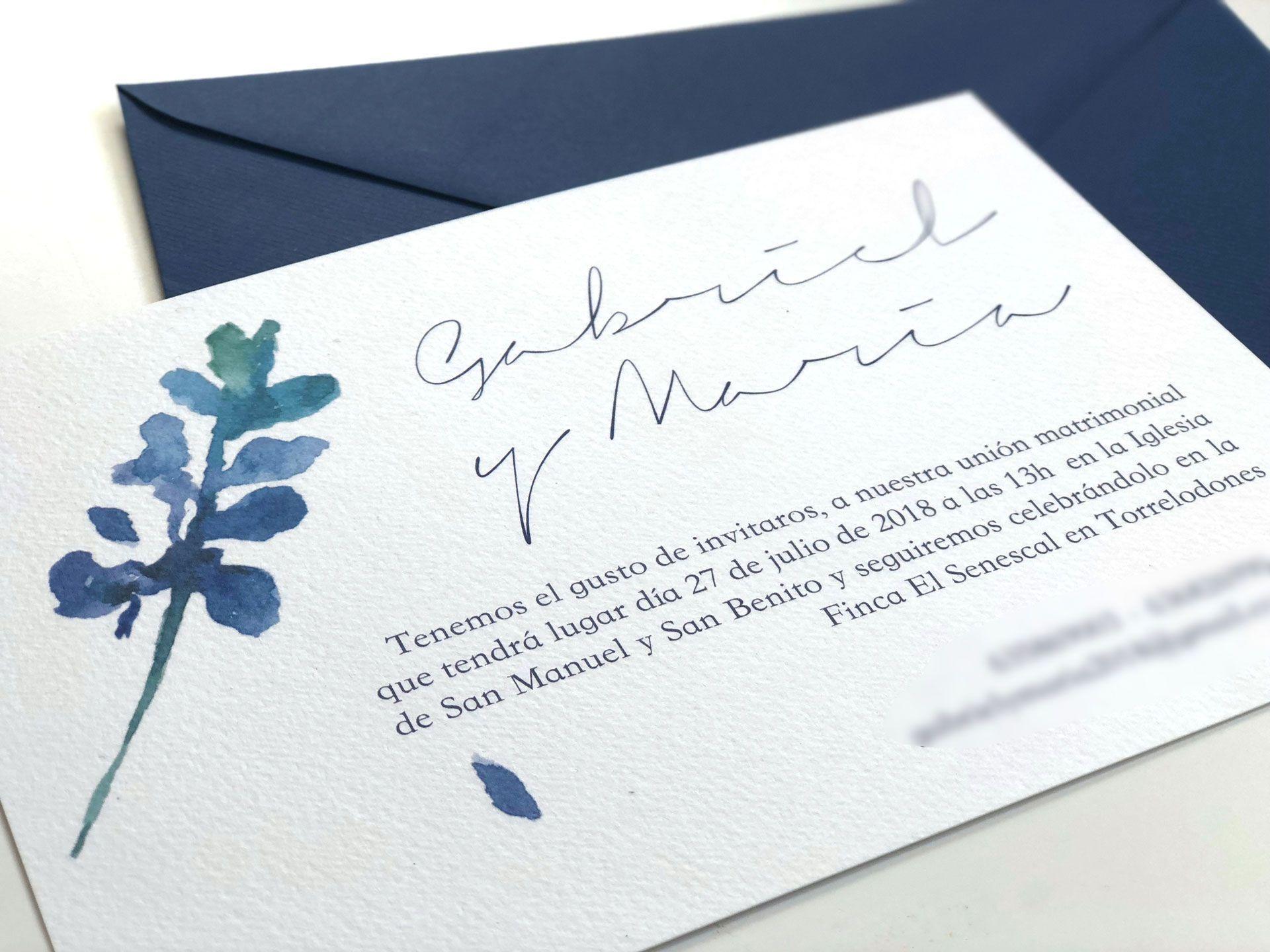 invitacion de boda personalizada con acuarela y lettering