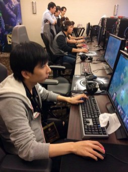 Invictus Gaming, getting ready for their TI5 Group Stage games