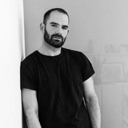 Portrait-Luis-Carvalho_profil_detail_2