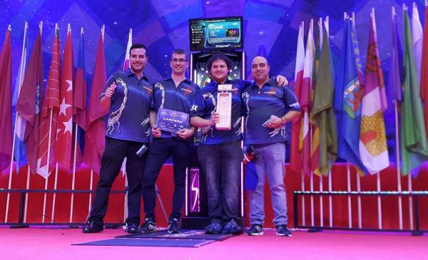 Cristian Zucar, Jaime Bermúdez, Xabier Ayestarán y Javier Carabias, componentes del equipo Luhartz