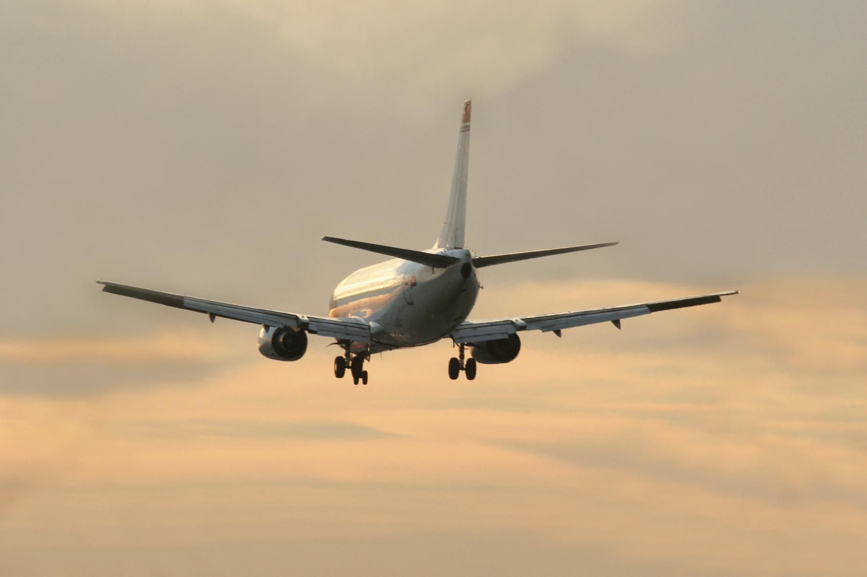Pune to New Delhi flights