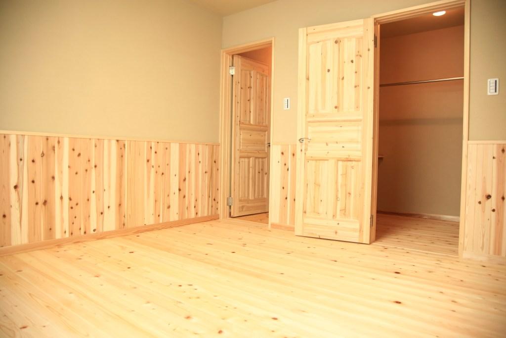 無垢杉のドア