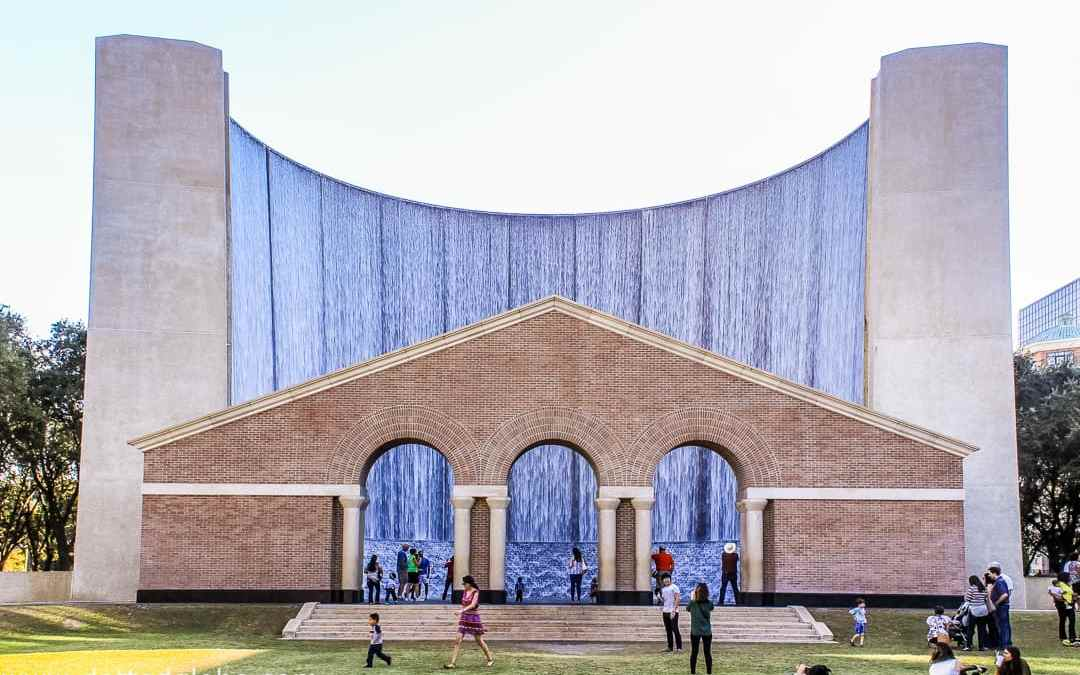 Houston's Urban Architectural Gem: Gerald D. Hines Waterwall Park