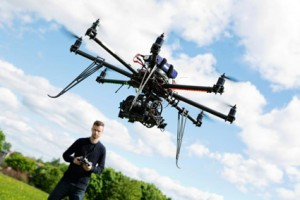 pilotare droni