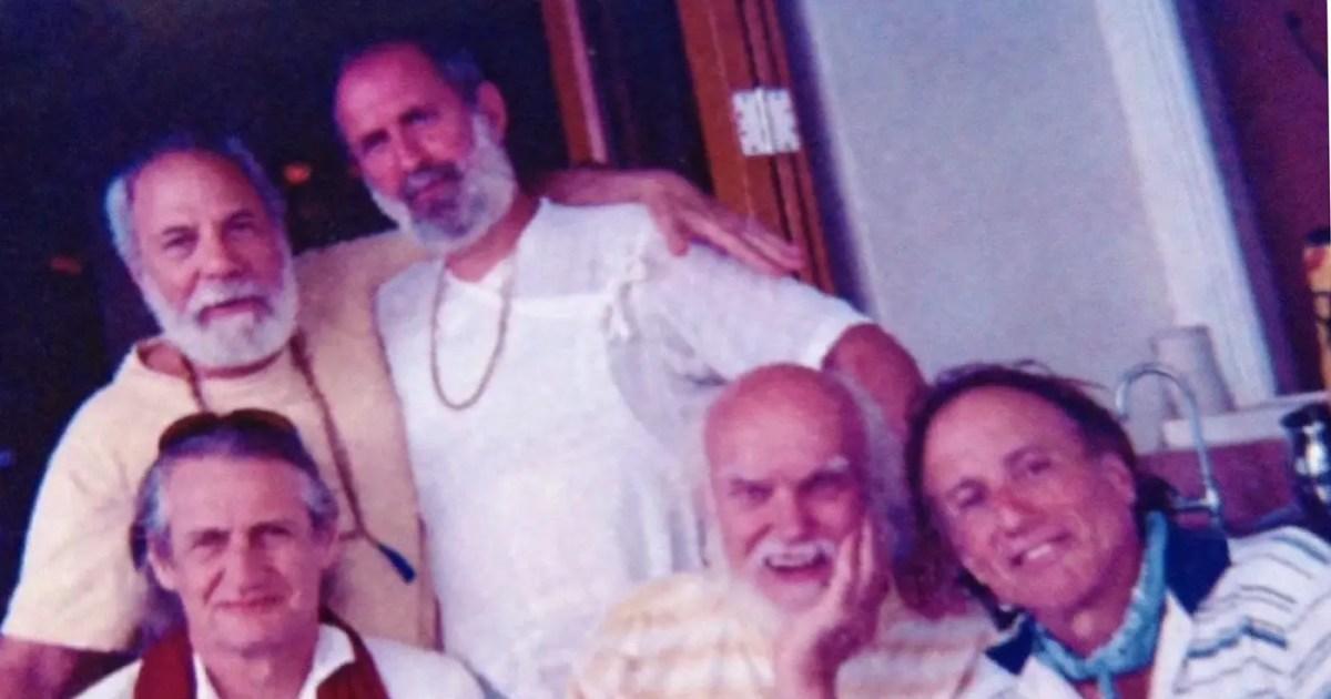 DoubleBlind: Ram Dass dies at 88