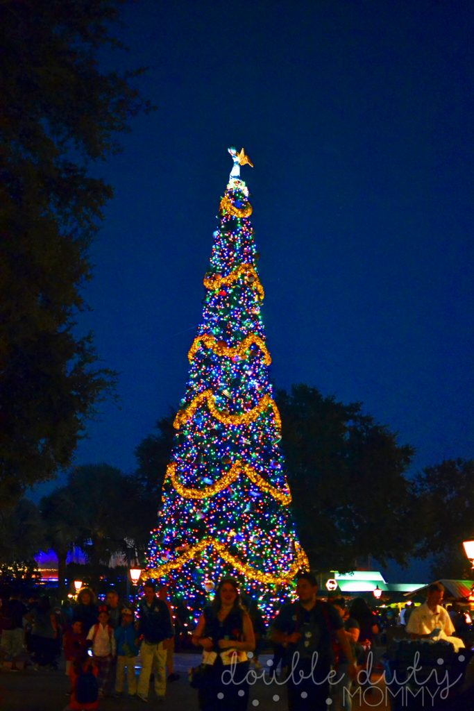2016 Epcot Candlelight Processional Double Duty Mommy
