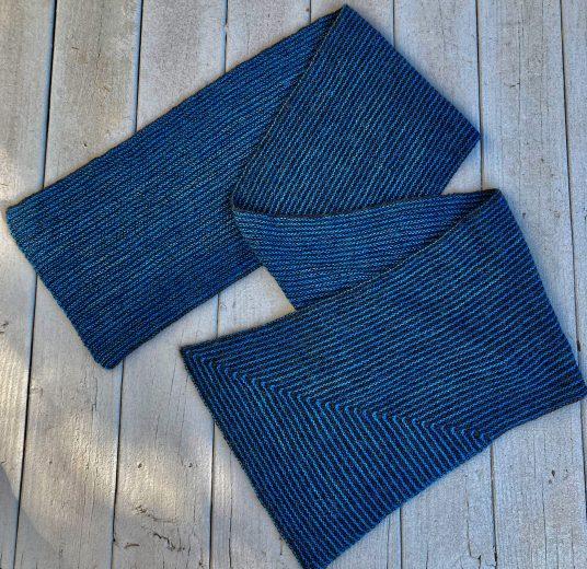 Garter Striped Mitered Corner Wrap 01