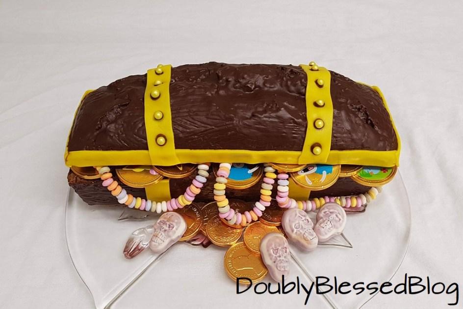 Die Coolsten Geburtstagskuchen Die Schatztruhe Doublyblessedblog