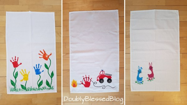 3 Varianten des selbst gebastelten Geschirrtuches mit Fussabdruck: Blumenwiese, Feuerwehr und süsse Häschen