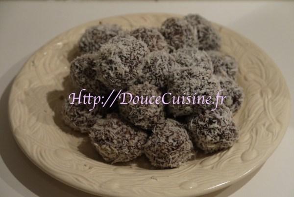 Truffes au chocolat enrobés de noix de coco