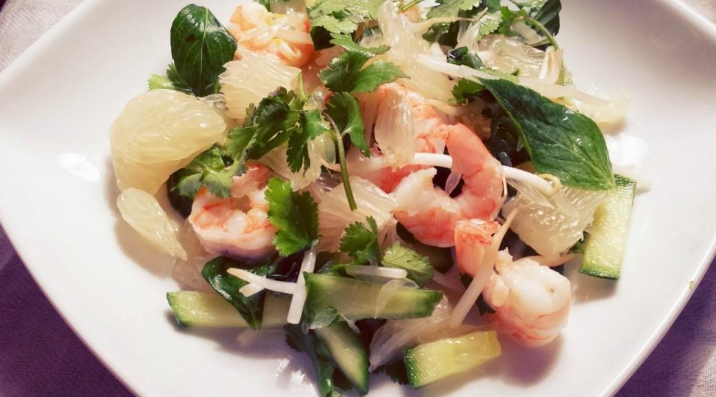 Salade khmère de pomelo aux crevettes 柬埔寨式蝦仁黃金柚沙拉