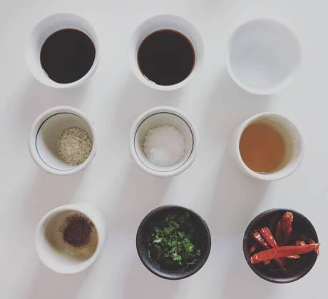 酸辣涼拌四季豆 suanla liangban sijidou, Salade d'haricots verts sauce aigre et pimentée