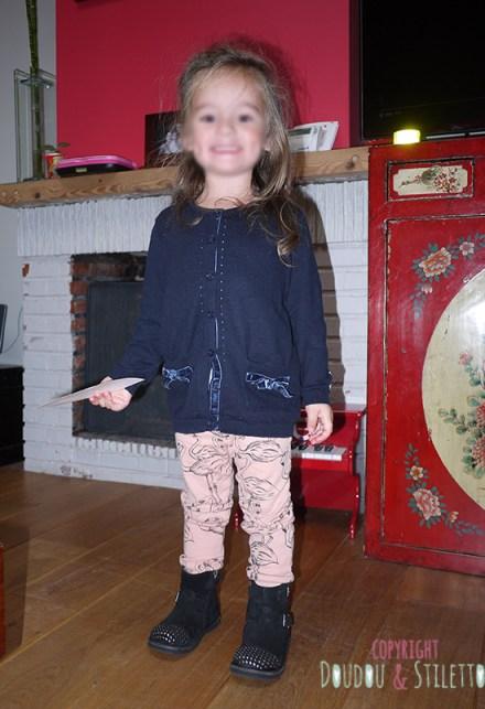 Gilet IKKS, legging Mini Rodini, boots Pom d'Api