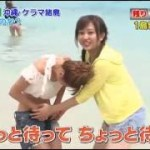 鈴木奈々沖縄の海でまさかのハプニング!