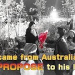 涙溢れる感動ストーリー!聖なる夜、国境を越えたプロポーズ Flashmob Surprise Proposal From Australia