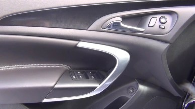 2015 Buick Regal GS AWD door panels