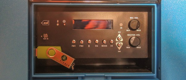 Koolmax with USB stick providing music