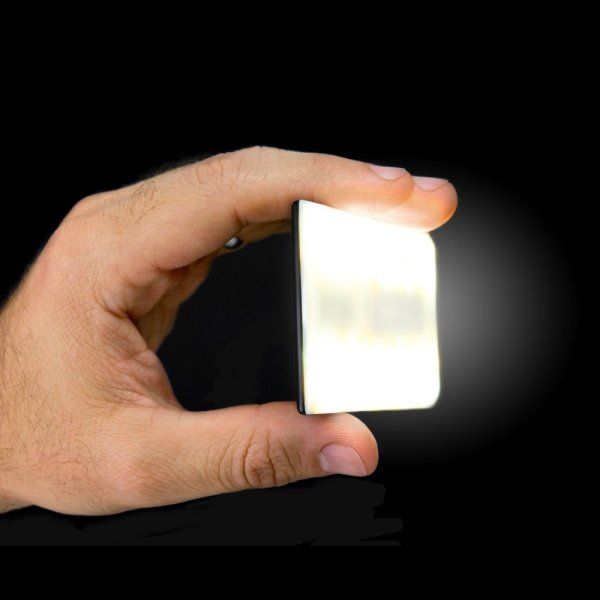 Nova Bluetooth Flash held in hand