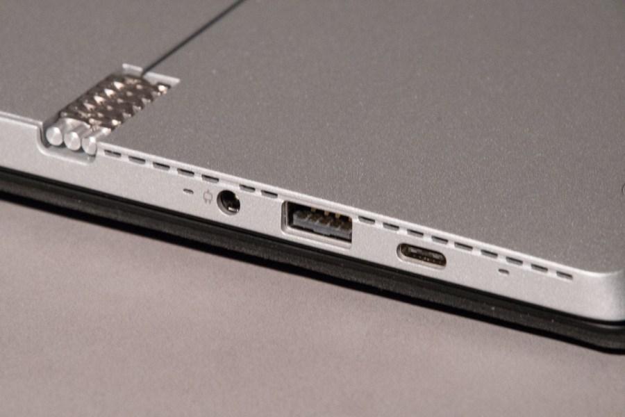 Miix510 showing ports