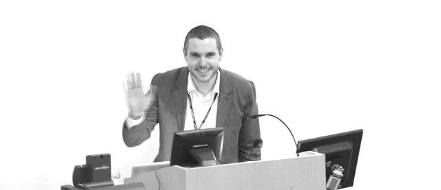 Doug Belshaw presenting at PELC11