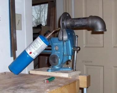 A simple hot pipe set up for bending dulcimer sides