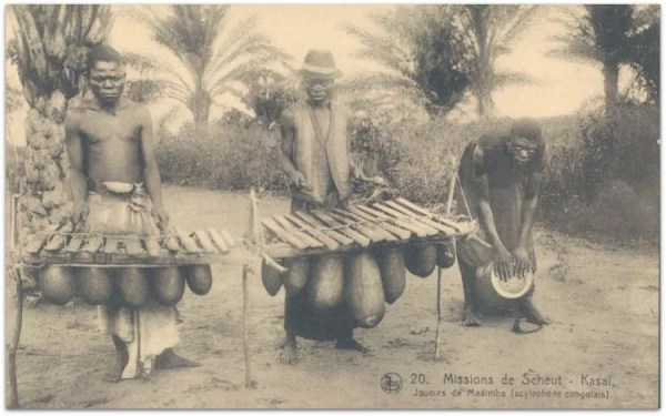 Congolese musicians - two marimbas and drum