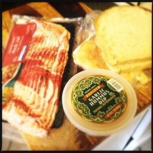 bacon hummus fried bread sandwich ingredients