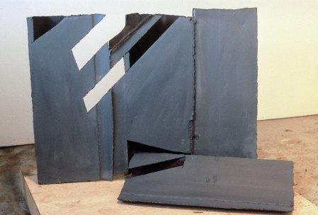 Day for Night, 1985–86. Steel, paint 34 x 51 x 25 in.