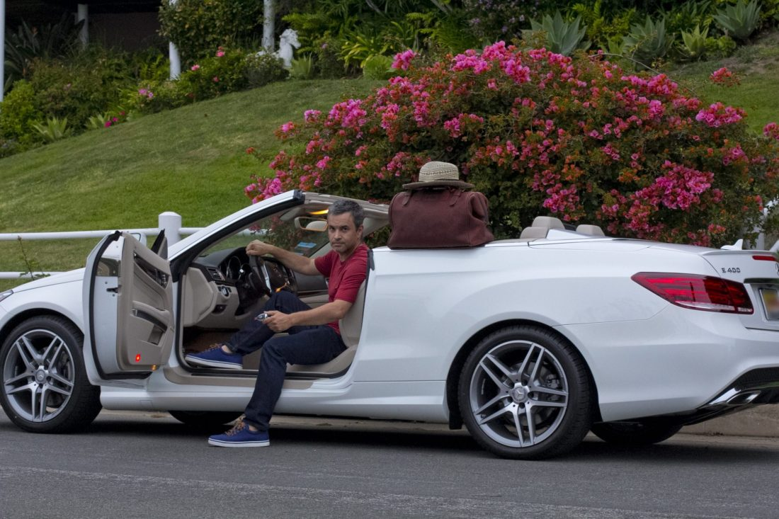 Mercedes Benz convertible car blogger outfit