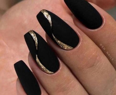 An Honest Perspective on New Years Nails