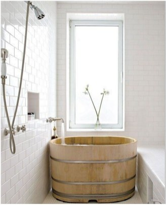77 Tips On Using Bathtubs Sinking Tubs And Shower Tiles In Your Tiny House Bathroom Design 8