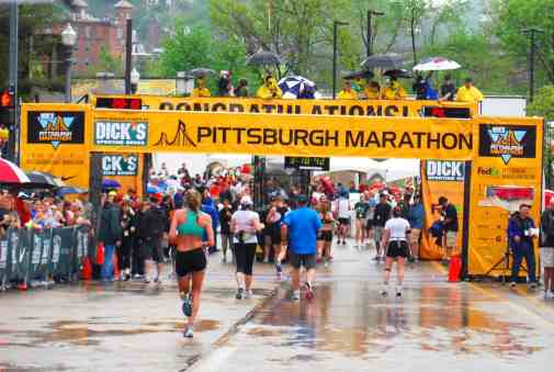 Pittsburgh_Marathon_Finish_Line_2010