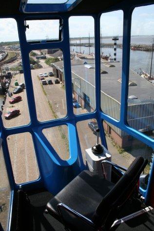 Driver's control cabin