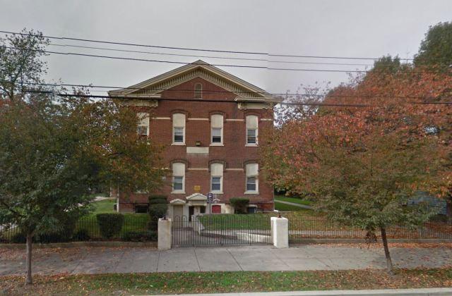 Kent Apartments 30 S. New Street, Dover, DE