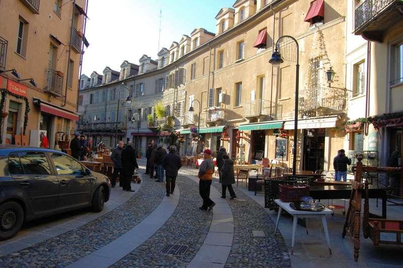 Mercato delle pulci Borgo Dora