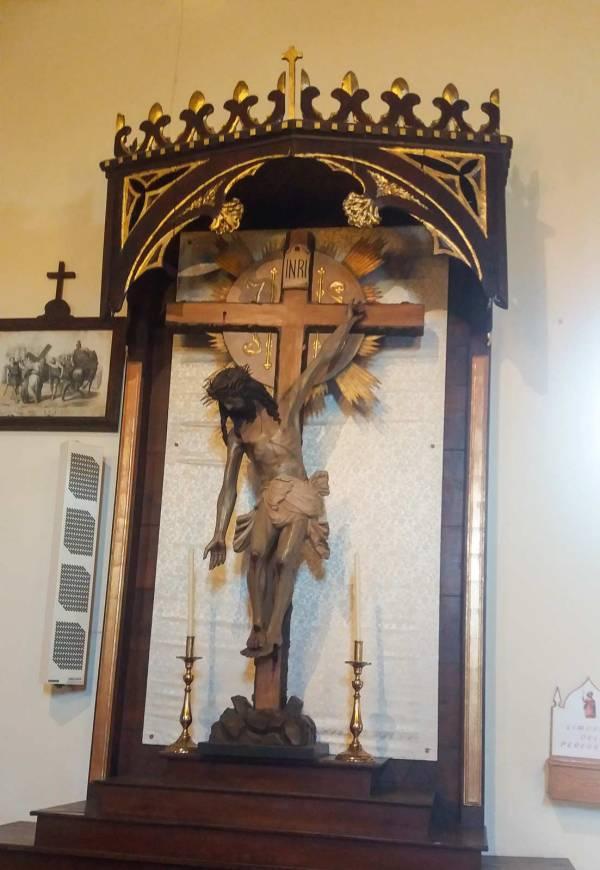 Cristo che tende la mano