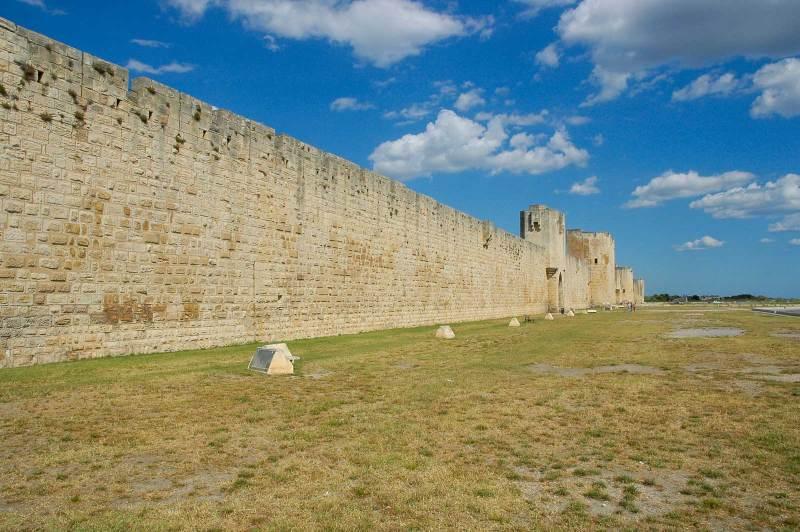 Aigues Mortes Camargue mura
