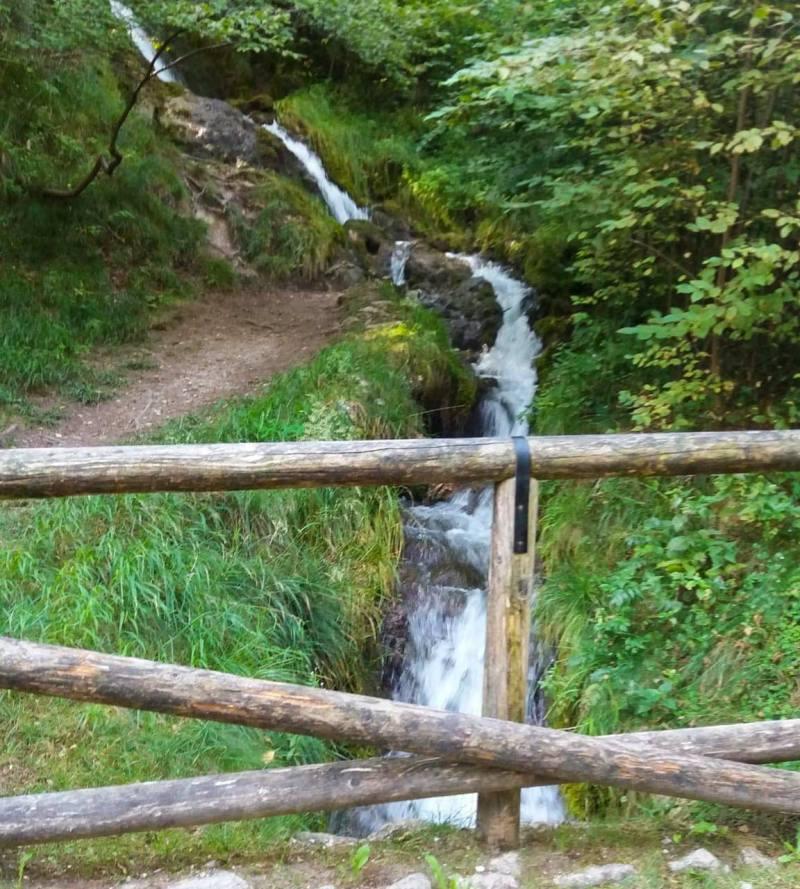 Ponale stream path