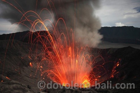 Bromo erupce