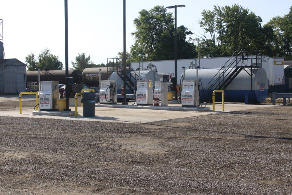 The Aylmer Fuel Acdcess Centre has large bays to accomodate large vehicles